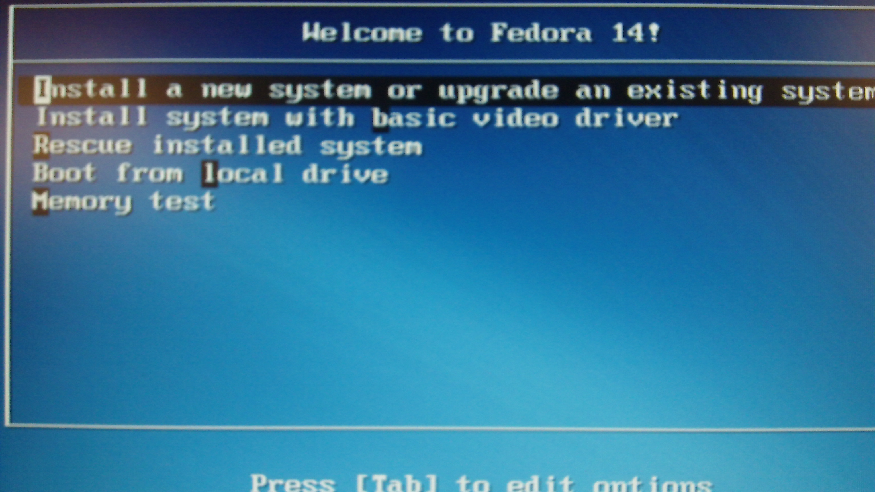 Anaconda-f14-dvd-ss syslinux2.png
