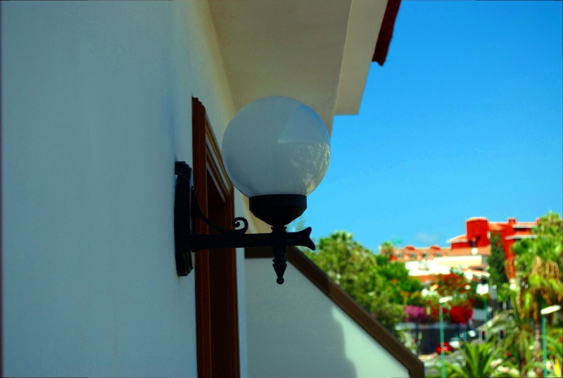 File:Lamp in tenerife.jpg