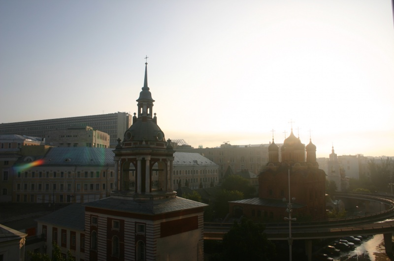 File:Dawn in Moscow.jpg